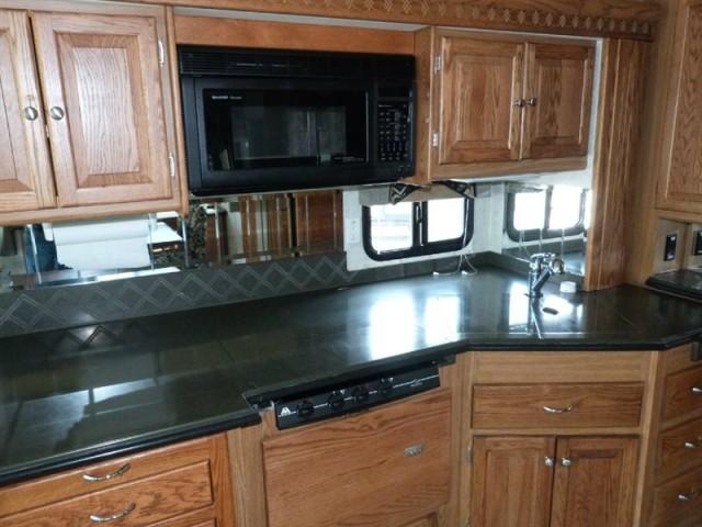 Tiffin kitchen