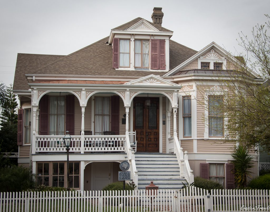 House in Galveston's East End Historic District