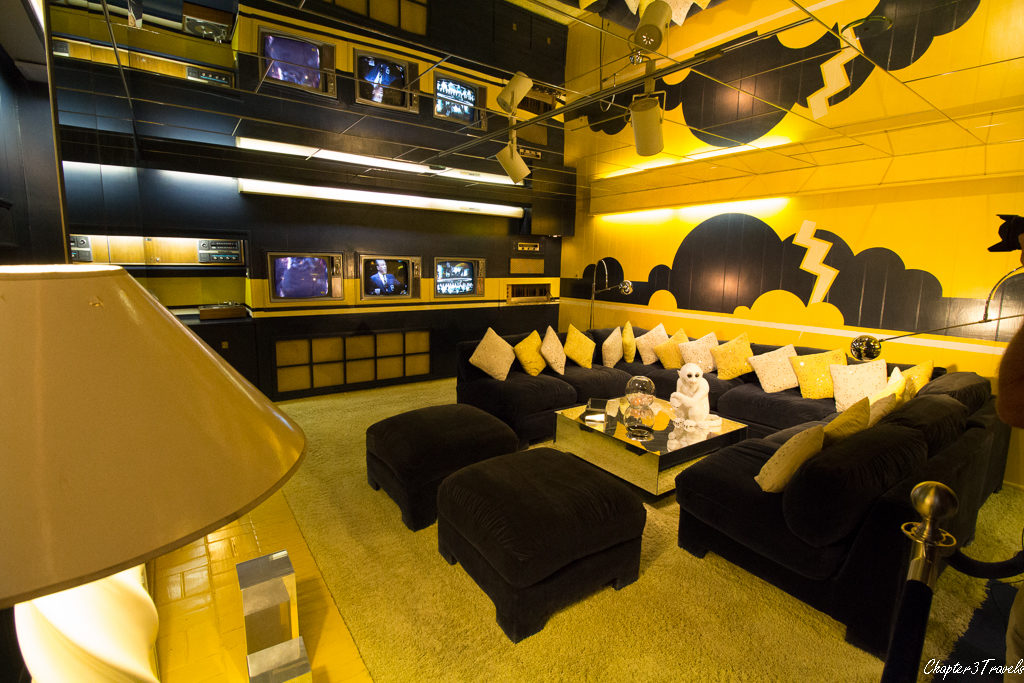 The yellow and blue media room at Graceland