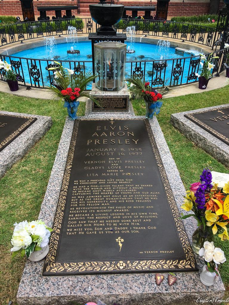 Elvis's gravemarker