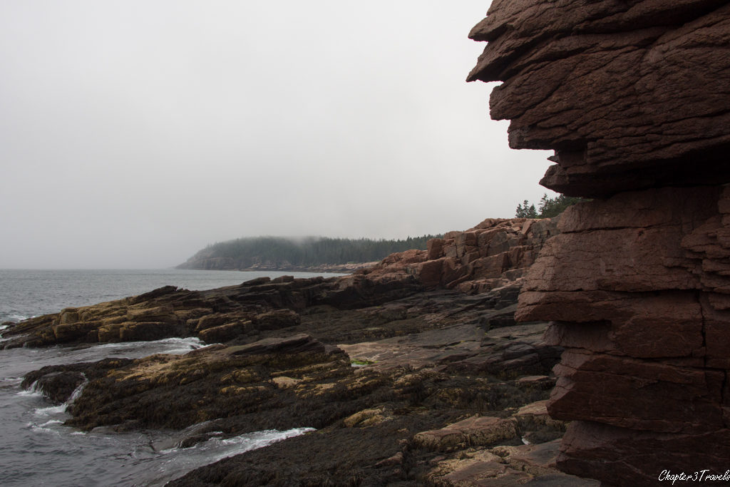 Rock ledges along Frenchmen Bay on a cloudy afternoon