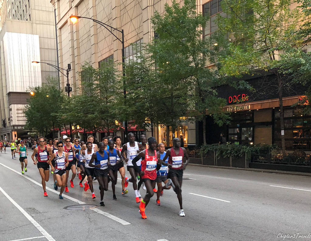 Elite runners at the Chicago Marathon