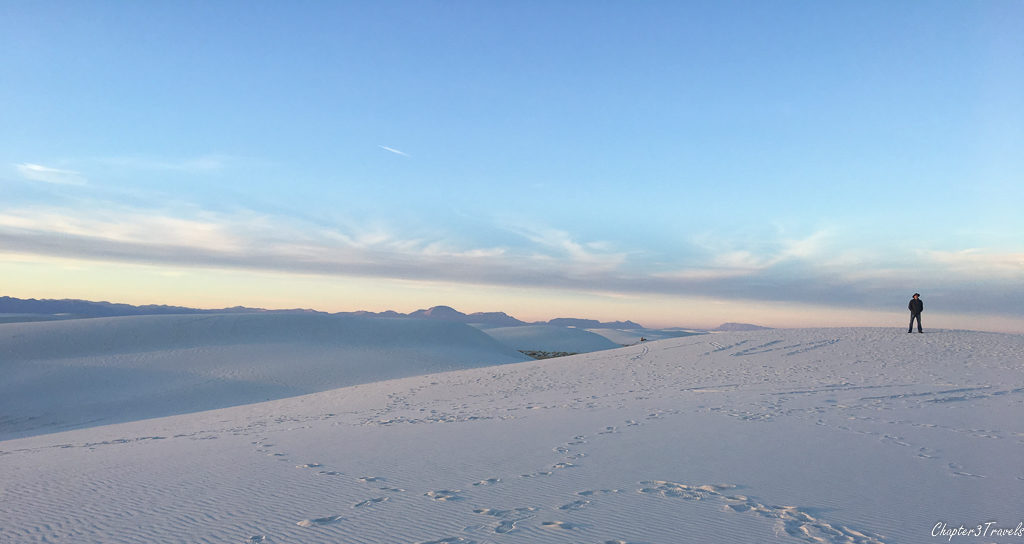 Sand dunes that look like snow at White Sands National Monument