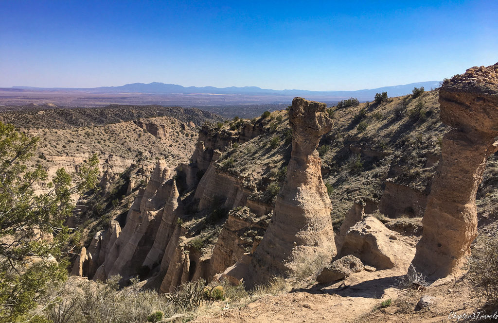 Views of hoodoos and the valley at Kasha Katuwe Tent Rocks Monument