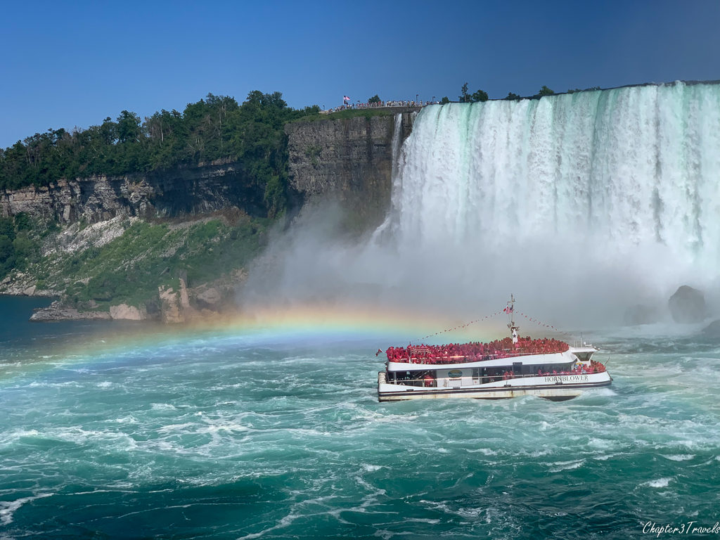 Hornblower cruise boat in front of Horseshoe Falls