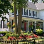 House and gardens at Niagara on the Lake