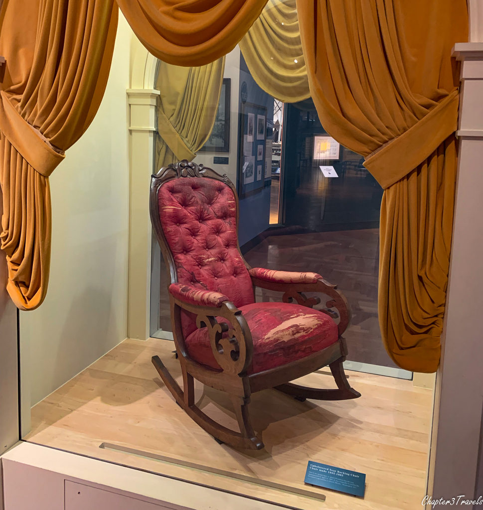 Chair Abraham Lincoln was sitting in when assassinated
