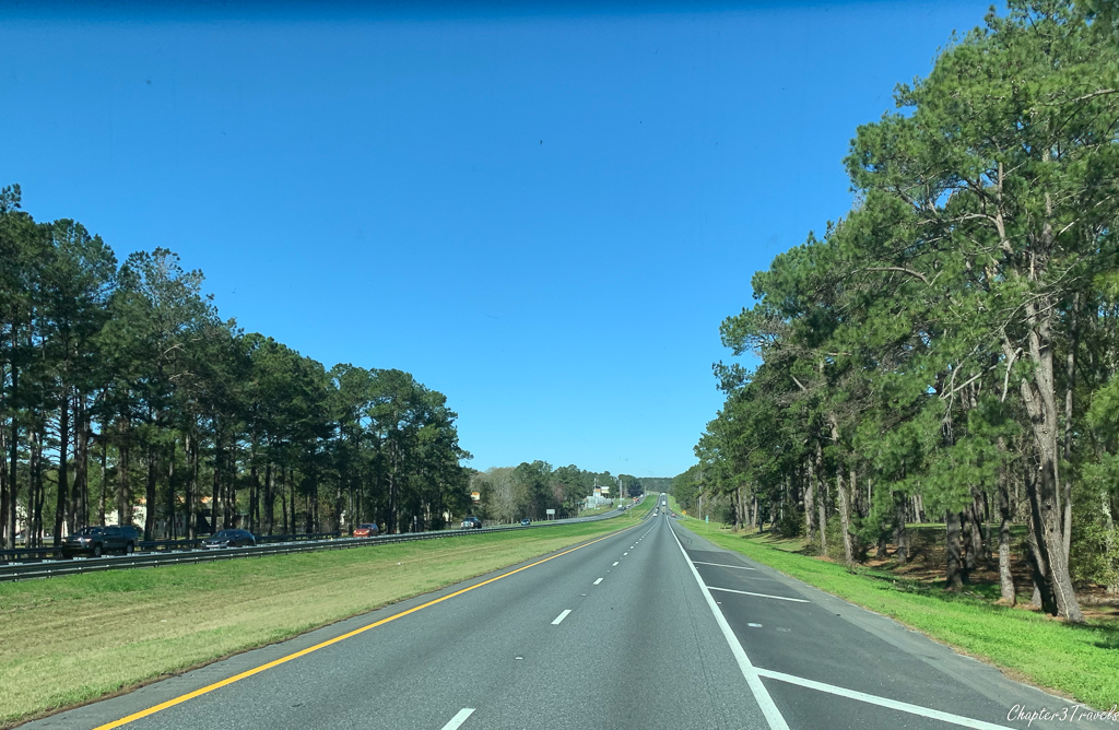 Bright sunny day with no traffic on I-10 in Florida