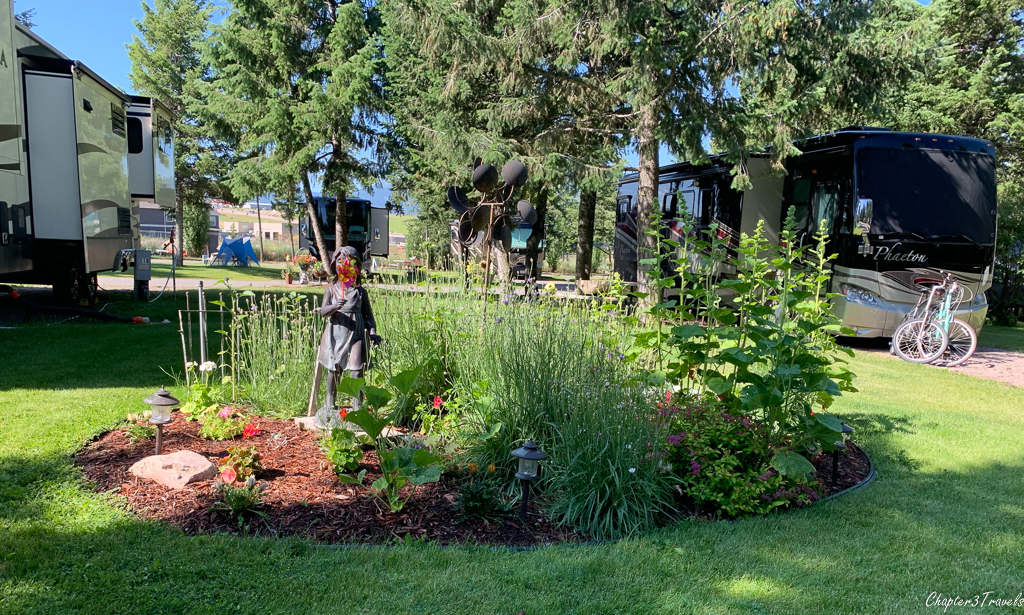 Beautiful landscaping at Jim & Mary's RV Park in Missoula, Montana
