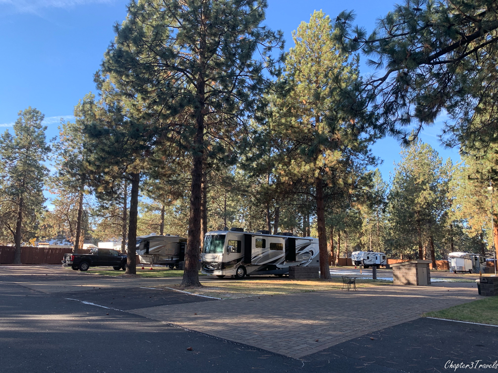 Pull through campsites at Crown Villa RV Resort in Bend, Oregon