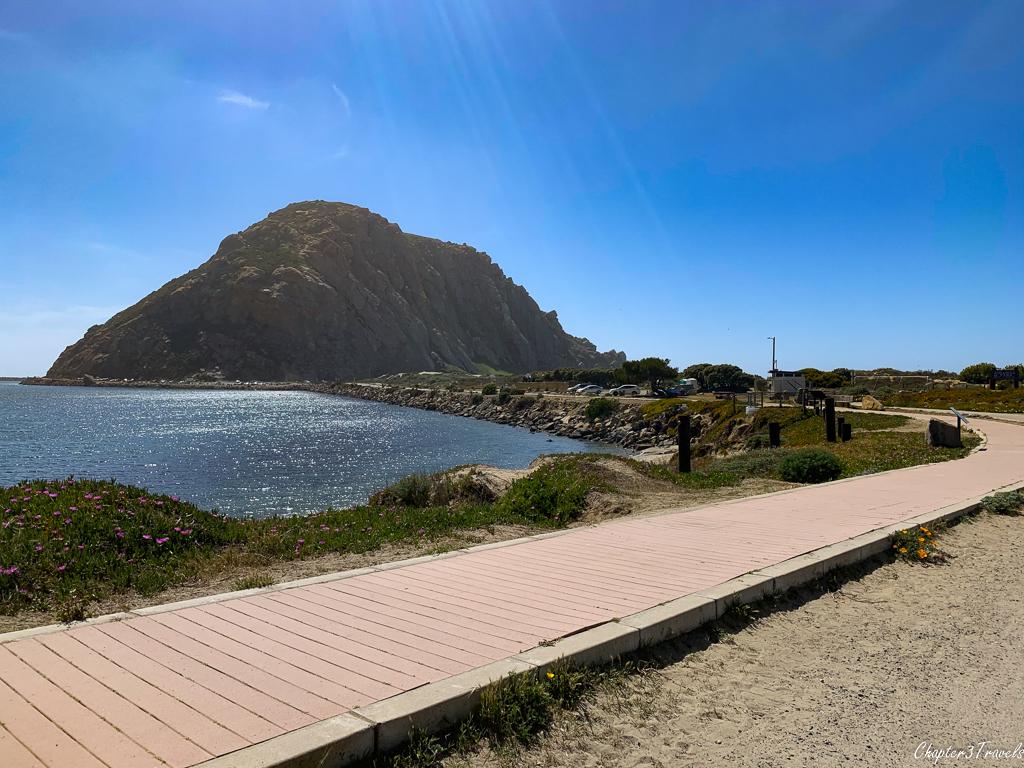 Curved boardwalk leading to Morro Rock
