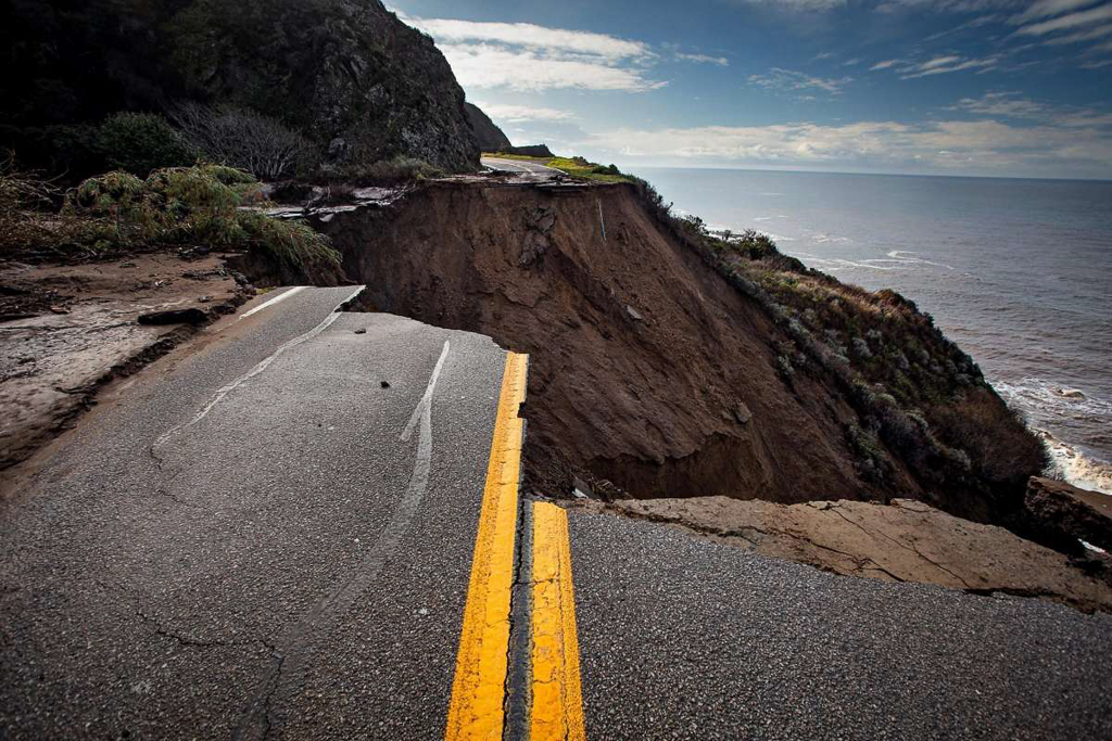 Large section of roadway missing from Pacific Coast Highway