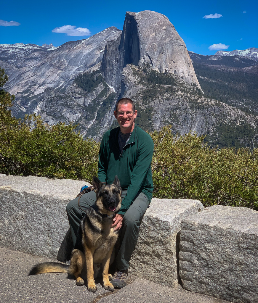Kevin and Thor sitting in front of Half Dome