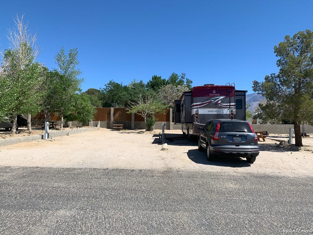 Pull-in campsites at Boulder Creek RV Resort in Lone Pine, CA